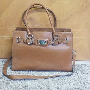 Barely used Michael Kors leather purse